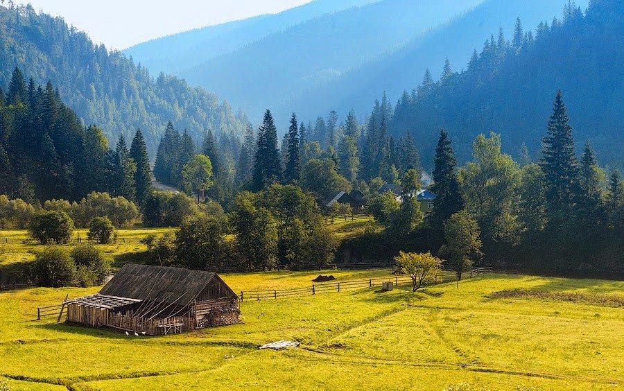 Чиновники наголошують: Івано-Франківщині потрібна програма розвитку українських Карпат